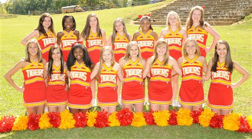 Cheerleading / Team Picture and Roster